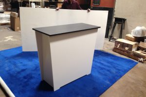 Trade show locking counter
